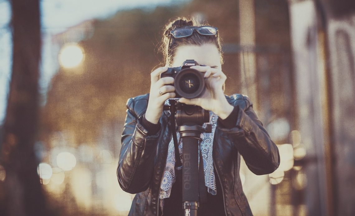 Take Great Photographs With Cameras -