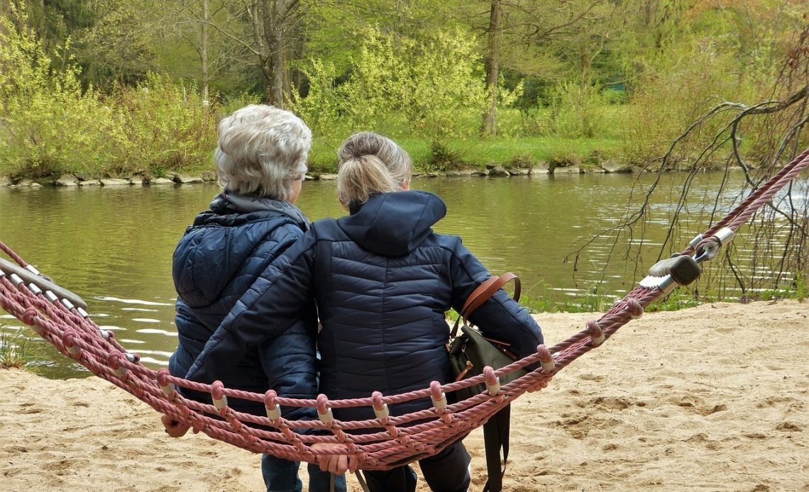 How to Decide Which Senior Living Option is Best
