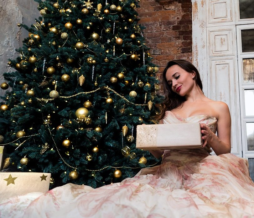 4 Tried and True Holiday Gift Ideas for Her